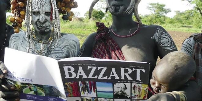 Valérie HAMEL est une collaboratrice de longue date du magazine BAZZART. Réalisatrice de profession, elle est aussi une grande voyageuse. Depuis plusieurs années, elle s'amuse à apporter avec elle des exemplaires du magazine et de faire des images surprenantes, qui proposent un choc culturel. Effet réussi.