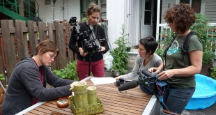 Tournage d'Attention féministes! de Rozenn Potin. Photo Gaëlle HANNEBICQUE