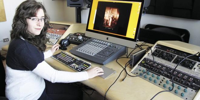 Nathalie Leblanc à l'œuvre dans les studios d'Avatar. Photo Jocelyn Robert / Université Laval