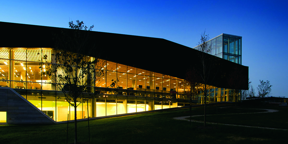 La bibliothèque du Boisé à Ville Saint-Laurent, Montréal. Photo courtoisie Lemay