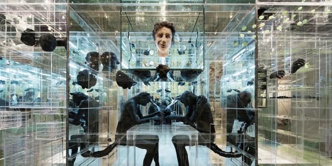 L'impressionnante œuvre de David Altmejd, The Flux and the Puddle, acquise par la Collection Giverny Capital et prêtée au MNBAQ pour dix ans, aura son espace réservé dans le pavillon Gérard-Morisset du Musée national des beaux-arts du Québec. David Altmejd, originaire de Montréal et vivant à New-York, est le sculpteur le plus connu et le plus convoité de sa génération à l'échelle internationale. Ses œuvres semblent se diviser en deux classes, soit l'une plus organique, où le rapport au corps humain est abordé par la monstruosité et la barbarie sophistiquée, et l'autre, d'un style architectural, où y « flottent » des objets et des personnages mythiques. L'œuvre sera un incontournable, véritable « musée à l'intérieur du musée ». Photo Gracieuseté du MAC