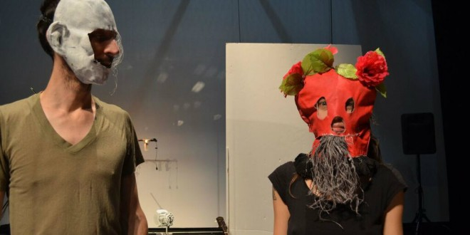 Simon Drouin et Julie Delorme du Bureau de L'APA . Crédits photo: Chloé Surprenant